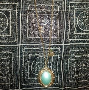 Jewelry - Gold colored sage green stone long necklace